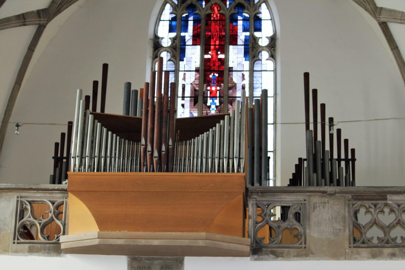 Die Orgel beeindruckt immer noch.